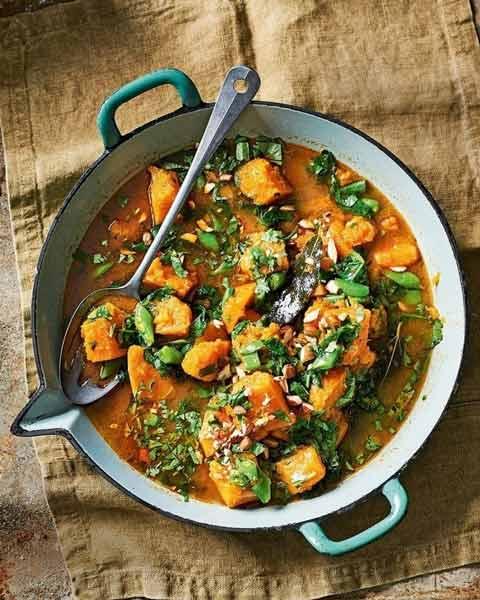 Deretan Makanan Thailand Yang Enak Dan Lezat - Massaman Curry