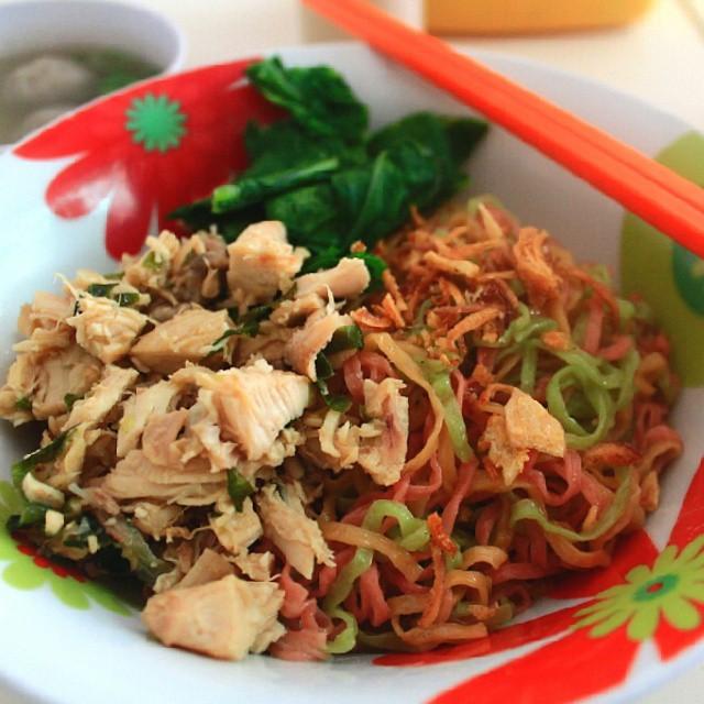 Restoran Dengan Menu Sehat Di Yogyakarta - Mie Pelangi 88