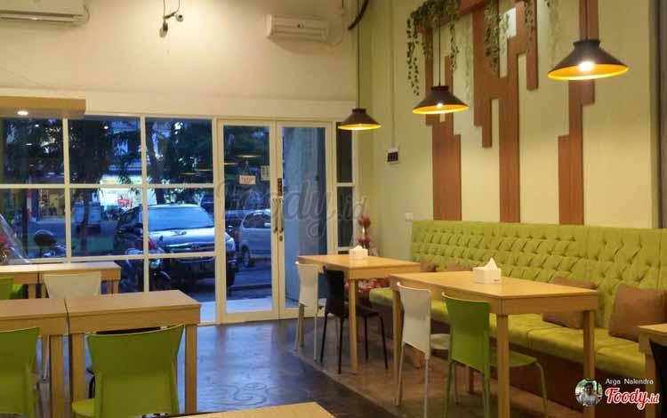 Restoran Dengan Menu Sehat Di Surabaya - Pure and Fresh Vegetarian Bistro