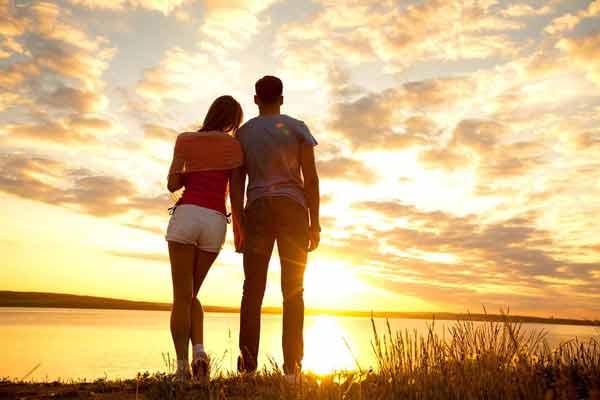 Cara Menyikapi Hubungan Cinta Yang Beda Agama