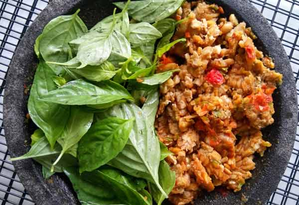 Makanan untuk meningkatkan vitalitas pria - kemangi