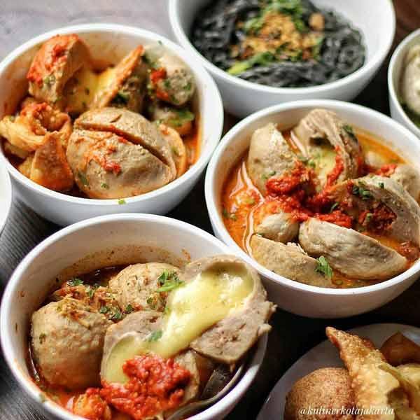 Tempat makan bakso terenak di Jakarta - Bakso Boedjangan