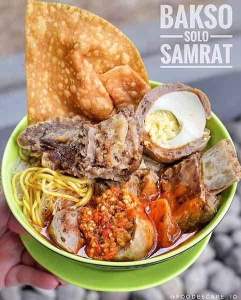 Tempat makan bakso terenak di Jakarta - Bakso Solo Samrat