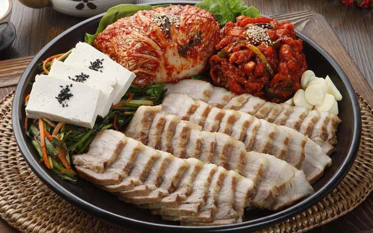 Makanan Korea Dengan Rasa Yang Super Lezat - Bossam