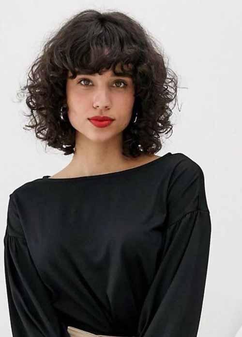 Berbagai Gaya Rambut Yang Cocok Untuk Rambut Keriting