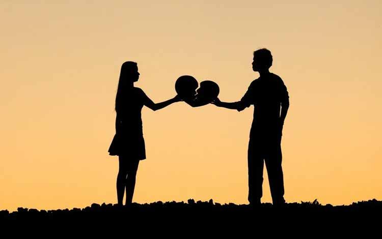 Pertimbangan Yang Harus Kamu Pikirkan Sebelum Memutuskan Untuk Balikan Sama Mantan