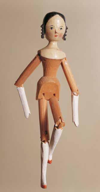 Aneka Jenis Boneka Di Dunia Dengan Tampilan Unik Dan Menarik - Peg Wooden