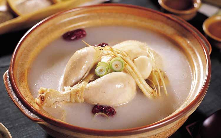 Makanan Korea Dengan Rasa Yang Super Lezat - Samgyetang