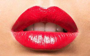 Tips Cara Menebalkan Bibir Yang Aman