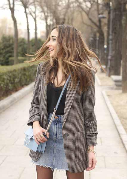 Aneka Model Jaket Wanita Yang Bakal Membuatmu Tampil Makin Gaya - Blazer