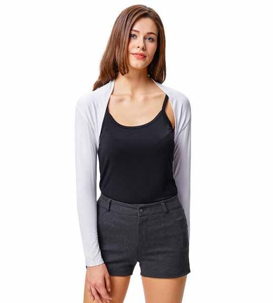Aneka Model Jaket Wanita Yang Bakal Membuatmu Tampil Makin Gaya - Bolero