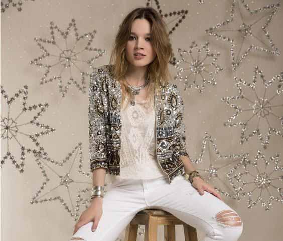 Aneka Model Jaket Wanita Yang Bakal Membuatmu Tampil Makin Gaya - Embellished Jackets