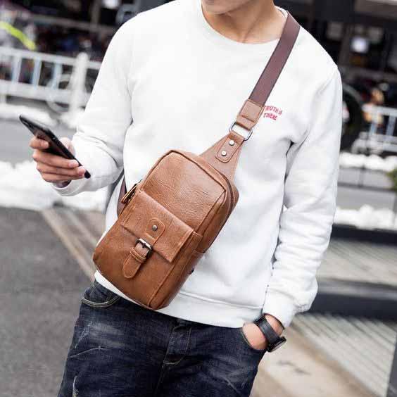 Berbagai Jenis Tas Pria - Sling Bag