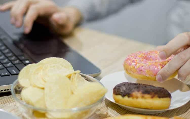 Berbagai Penyakit Yang Mengintai Pekerja Kantoran - Diabetes
