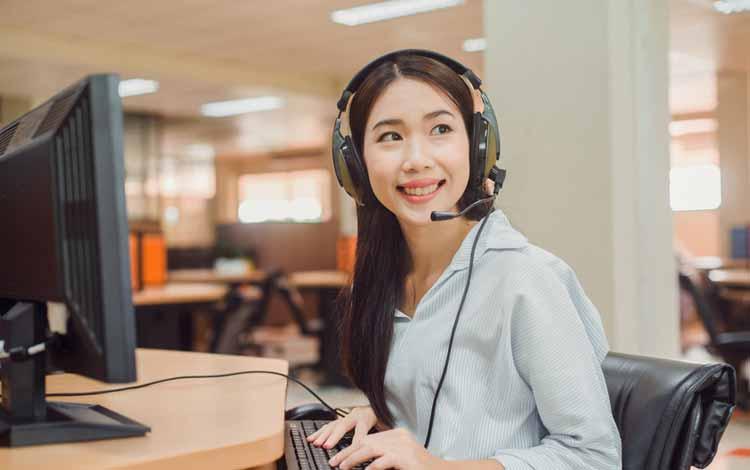 Berbagai Penyakit Yang Mengintai Pekerja Kantoran - Gangguan Pendengaran