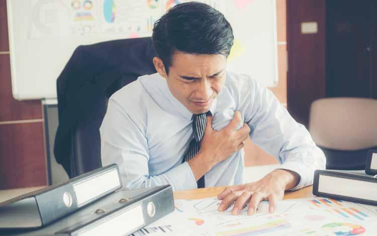 Berbagai Penyakit Yang Mengintai Pekerja Kantoran - Penyakit Jantung