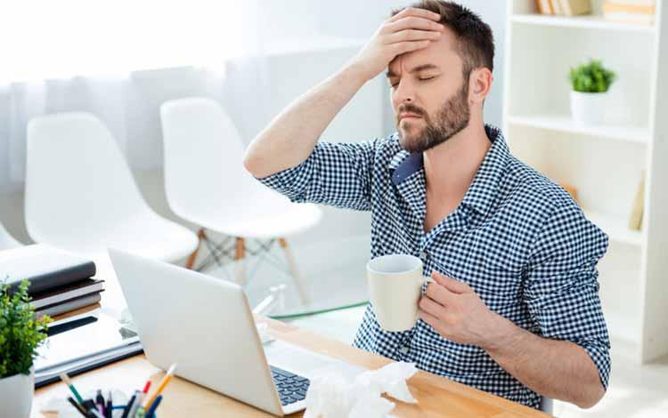 Berbagai Penyakit Yang Mengintai Pekerja Kantoran - Pusing