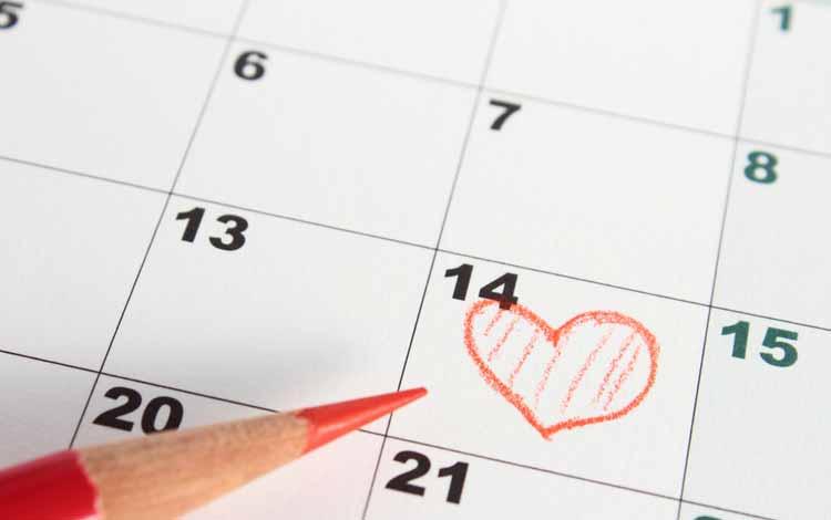 Cara Menghadapi Pacar Yang Lebih Mementingkan Teman - Buatlah Rencana Kencan Di Hari Lain