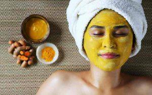 Cara Merawat Kecantikan Secara Tradisional Ala Wanita Zaman Dulu - Menggunakan Masker Kunyit
