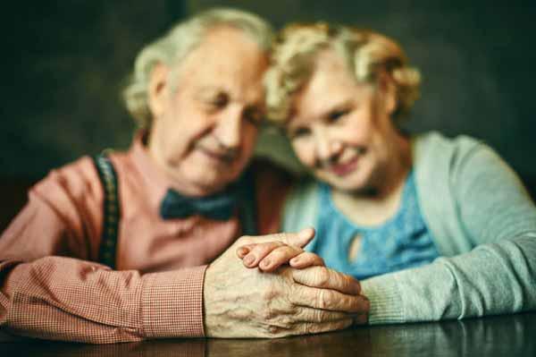 Ciri Utama Cinta Sejati - Setia