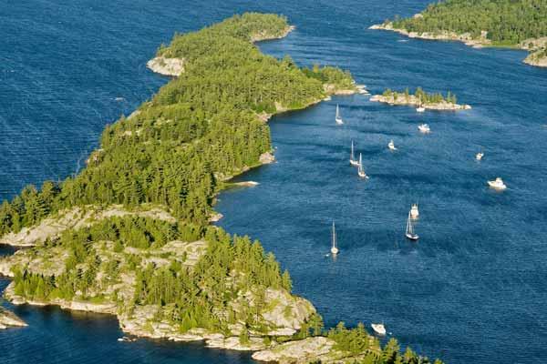 Daftar Danau Terbesar Di Dunia Yang Membuatmu Takjub - Danau Huron