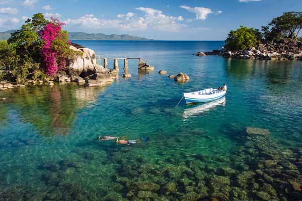 Daftar Danau Terbesar Di Dunia Yang Membuatmu Takjub - Danau Malawi