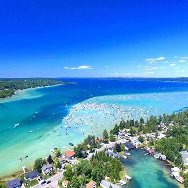 Daftar Danau Terbesar Di Dunia Yang Membuatmu Takjub - Danau Michigan