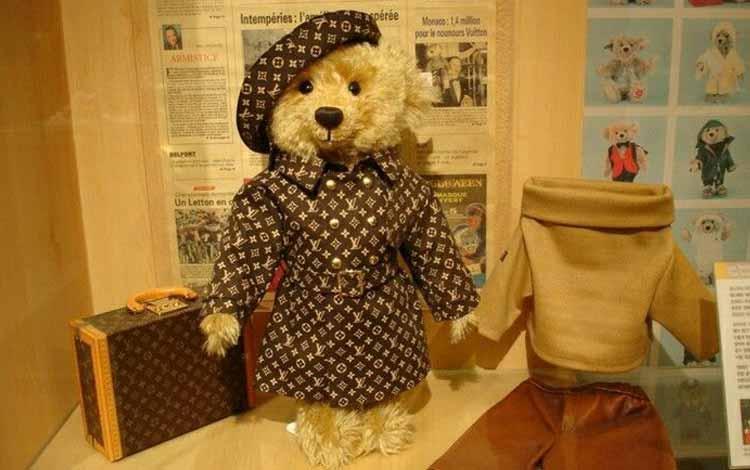 Daftar Mainan Termahal Di Dunia - Louis Vuiton Teddy Bear