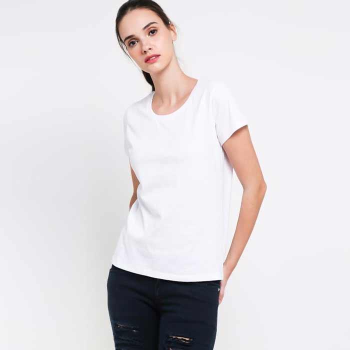 Fashion Of The Week Tampil Simple Namun Keren Dan Chic Dengan Overall Hitam