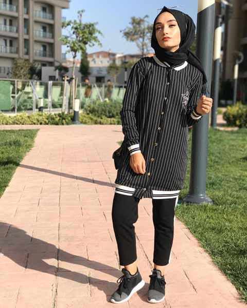 Mix n Match Hijab Terkini Yang Instagramable - Mix n match gaya sporty dengan varsity jacket