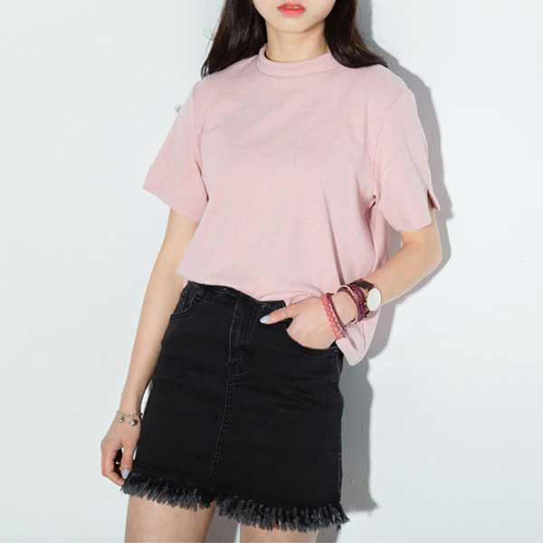 Outfit Of The Week Tampil Chic Ala Fashion Blogger Dengan Short Pant - Dusty pink t-shirt