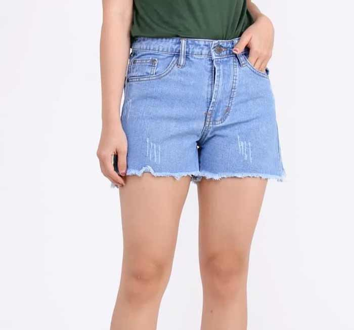 Outfit Of The Week Tampil Chic Ala Fashion Blogger Dengan Short Pant - Short pant