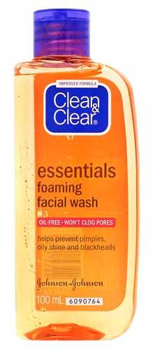 Rekomendasi Sabun Wajah Yang Bagus Untuk Kulit Berminyak - Clean & Clear Essential Foaming Facial Wash