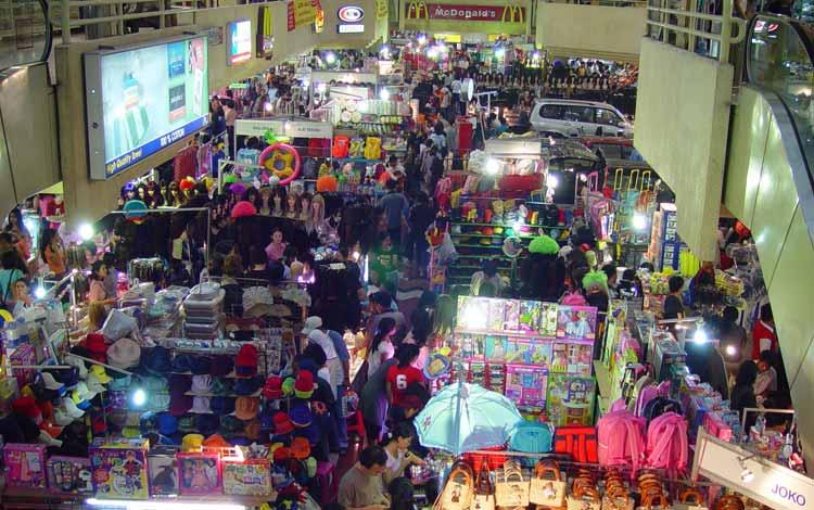 Surga Tempat Belanja Fashion Yang Murah Di Jakarta - Bagian Dalam ITC Mangga Dua.jpg