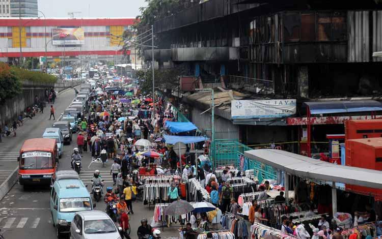 Surga Tempat Belanja Fashion Yang Murah Di Jakarta - Bagian Dalam Pasar Senen