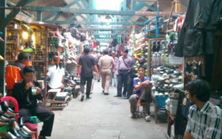 Surga Tempat Belanja Fashion Yang Murah Di Jakarta - Bagian Dalam Pasar Ular