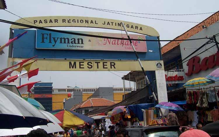 Surga Tempat Belanja Fashion Yang Murah Di Jakarta - Pasar Jatinegara