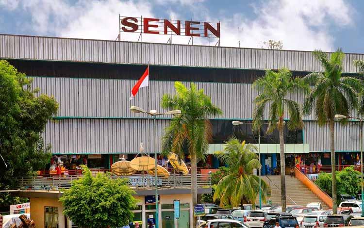 Surga Tempat Belanja Fashion Yang Murah Di Jakarta - Pasar Senen
