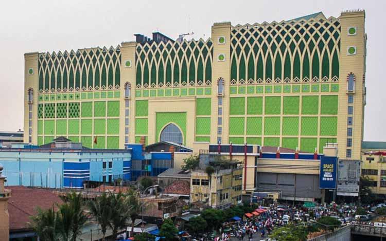 Surga Tempat Belanja Fashion Yang Murah Di Jakarta - Pasar Tanah Abang