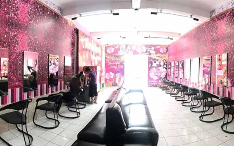 Beauty Salon Yang Bagus Di Bandung - Strawberry Salon