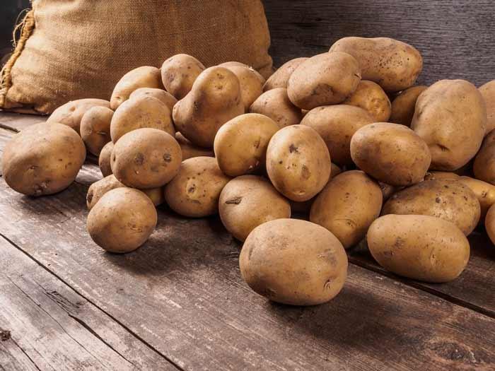 Cara Ampuh Mengurangi Rambut Rontok Secara Alami - kentang
