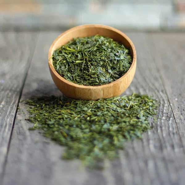 Cara Ampuh Mengurangi Rambut Rontok Secara Alami - teh hijau