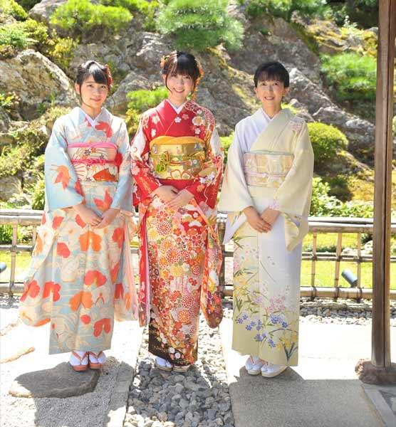 Daftar Pakaian Tradisional Terunik Di Dunia - Kimono - Jepang