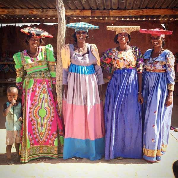 Daftar Pakaian Tradisional Terunik Di Dunia - Pakaian Tradisional Suku Herero - Namibia