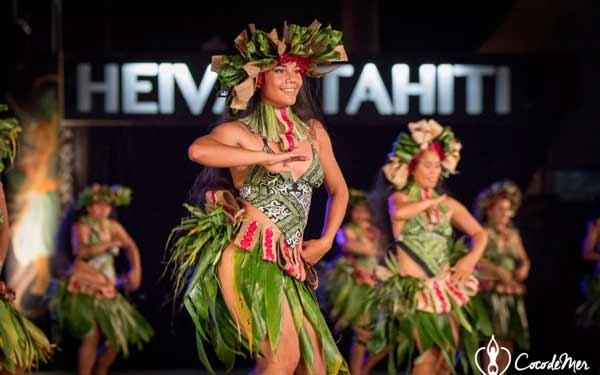 Daftar Pakaian Tradisional Terunik Di Dunia - Pakaian Tradisional Tahiti