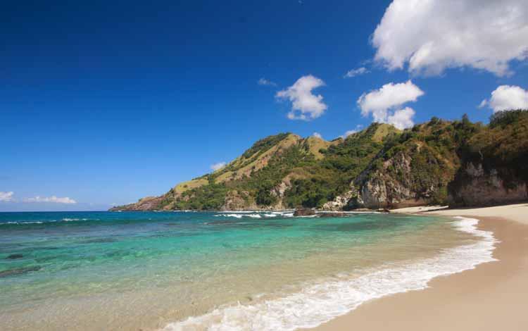 Pantai Terindah Di Indonesia - Pantai Koka