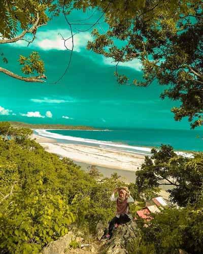 Pantai Terindah Di Indonesia - Pantai Sawarna