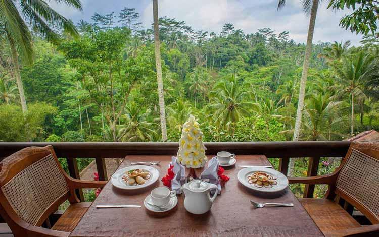 Tempat Makan atau Restoran Dengan Nuansa Alam Di Bali - Kampung Café