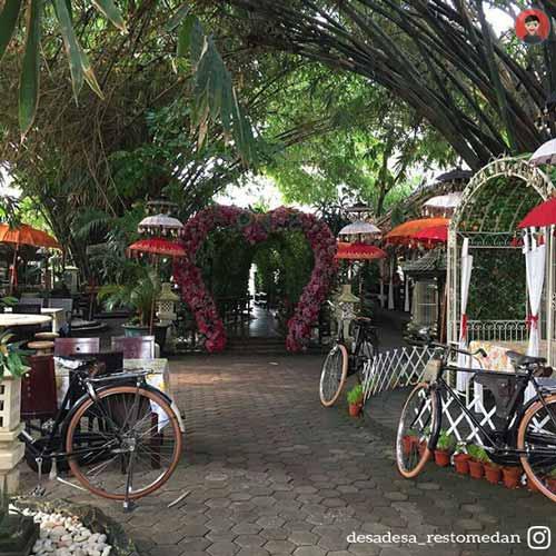 Tempat Makan atau Restoran Dengan Nuansa Alam Di Medan - Desa-Desa Resto & Cafe