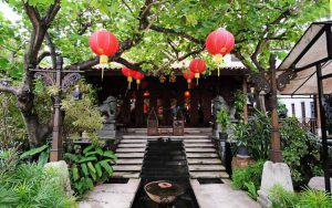 Tempat Makan atau Restoran Dengan Nuansa Alam Di Surabaya - Resto Kahyangan